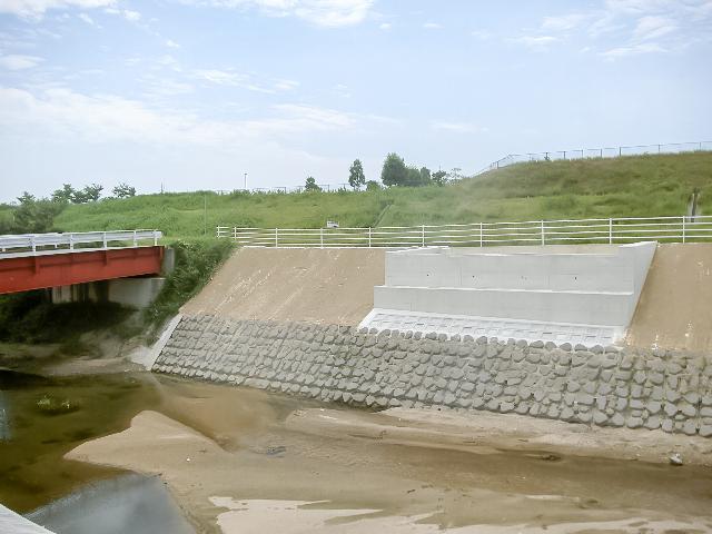 三原運動公園橋梁下部工事