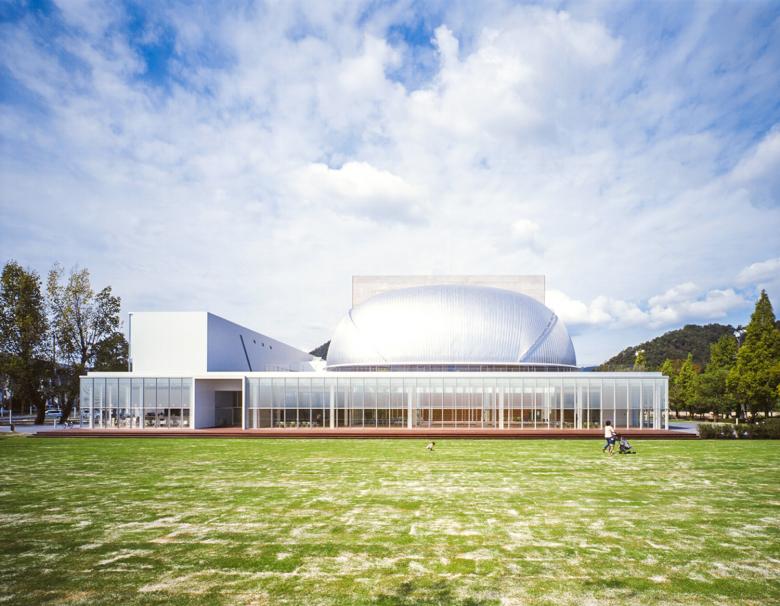 三原市芸術文化センター(ポポロ)